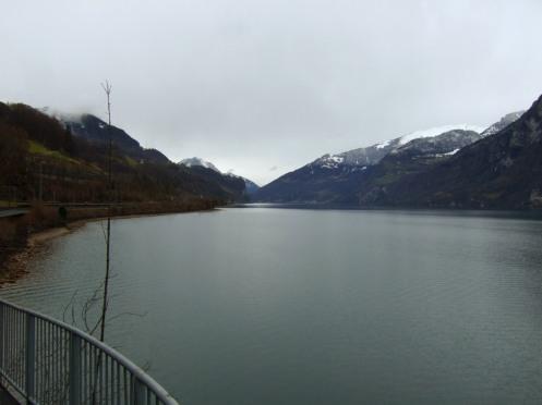 """Ich nenne es mal """"Fjordschweiz"""" am Ufer des Walensees."""