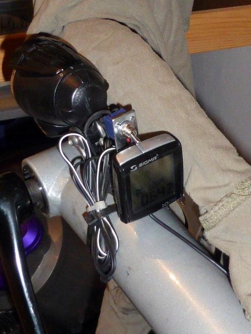 Cockpit am Ausleger weit vorn.